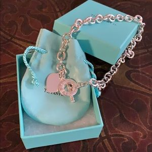 Vantage heart toggle necklace